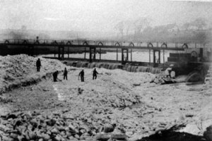 sham Marsh weir and frozen R Weaver 1895