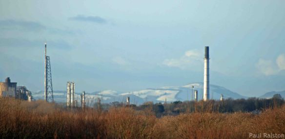 14.01.14. A view of the Welsh Hills from Frodsham Marsh. Paul Ralston (4)