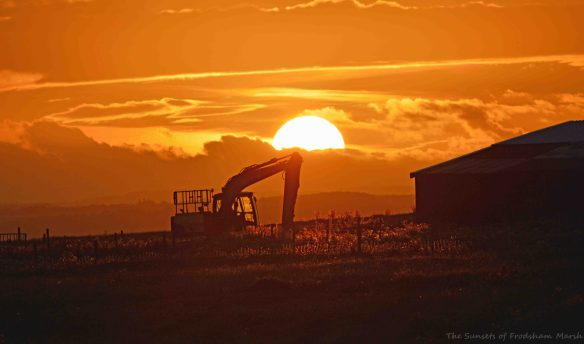 24.09.15. Sunset at Marsh Farm, Frodsham Marsh. Bill Morton