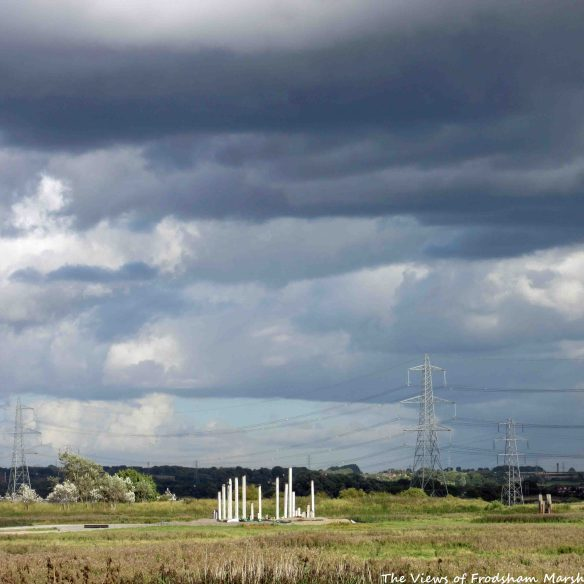 24.09.15. Wind Farm construction, No.5 tank, Frodsham Marsh.