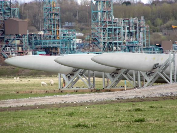 16.04.16. Wind turbine blades, No.1 tank, Frodsham Marsh. Bill Morton (30)